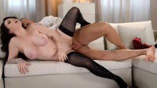 Big Tits Beauty Harmony Reigns has huge Orgasm